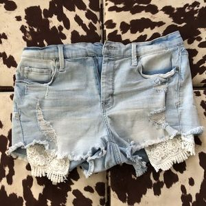 Mudd   Stretch Lace High Rise Shortie Jean Shorts